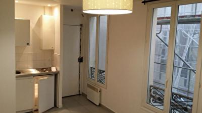 STUDIO 18 M2 - Paris 18eme - A louer