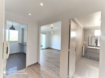 A louer appartement Montreuil - 32 m2 meuble neuf
