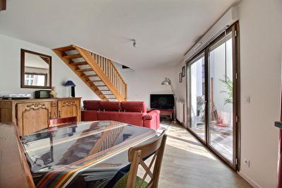 Appartement DUPLEX 4 pieces 80m2 balcon FUTUR METRO LIGNE 11