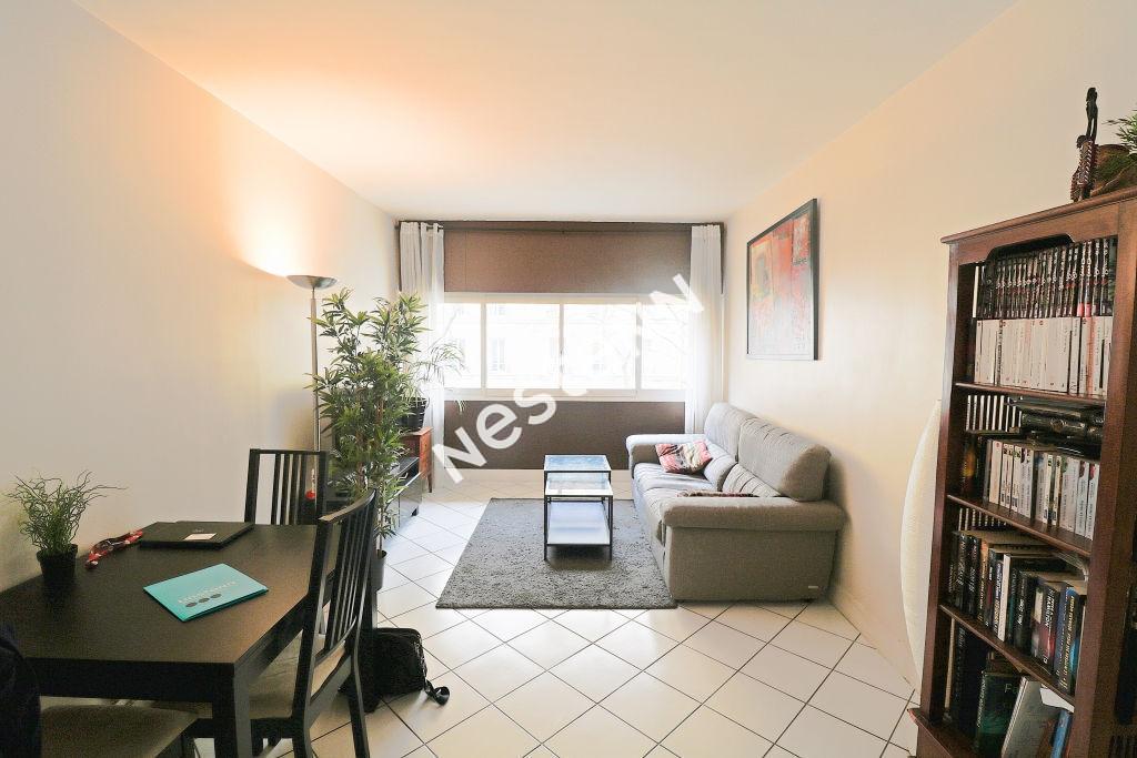 Appartement Paris 2 pièce(s) 57 m2
