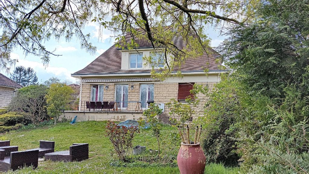 Maison 7 pièces - Saint Fargeau Ponthierry
