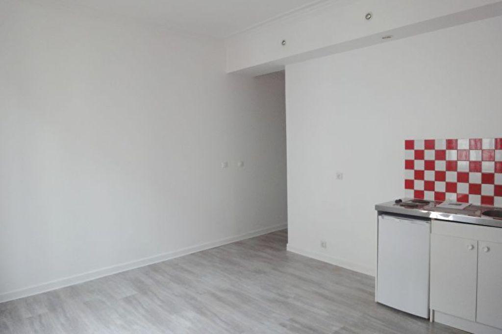 photos n°1 Appartement Provins  centre 2 pièces 41 m2