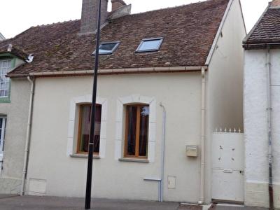 Maison Nogent Sur Seine 5 pieces 100 m2