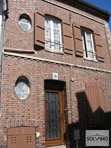 Immeuble / investissement - 89 Joigny - Maison + 3 appart