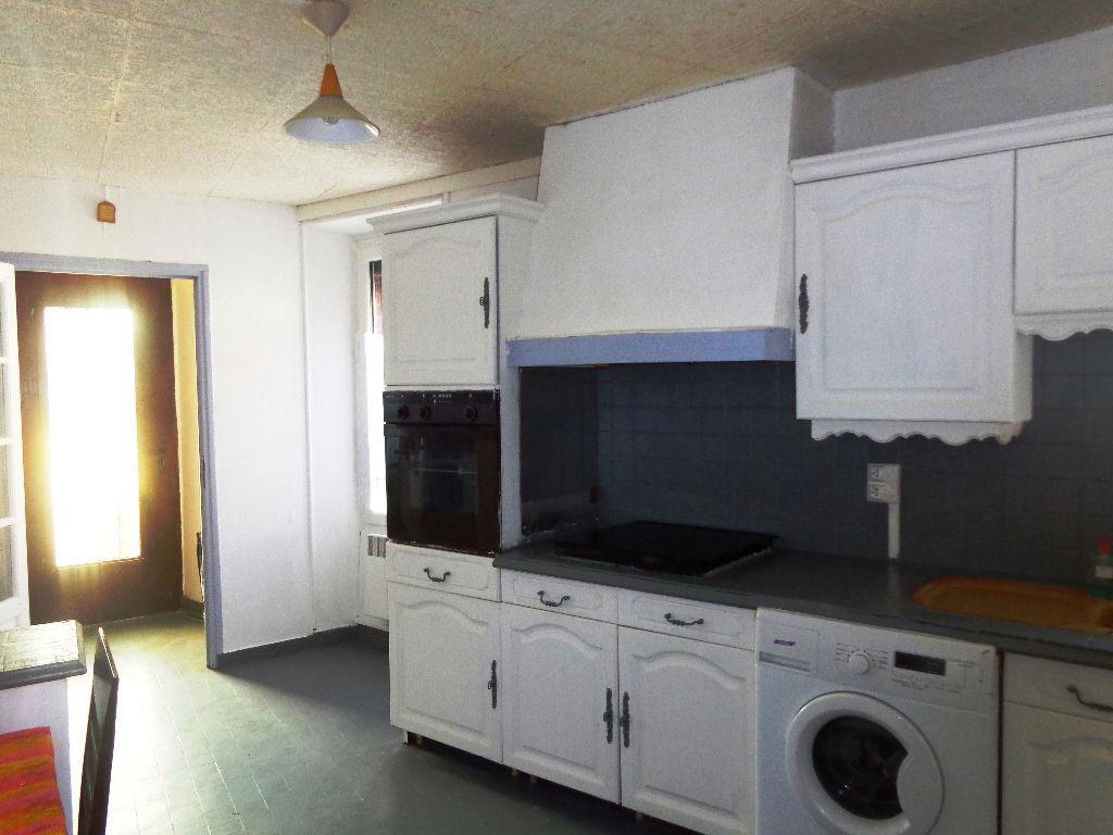 photos n°1 Maison Provins axe Nationale 4 /  5 pièce(s) 97 m2