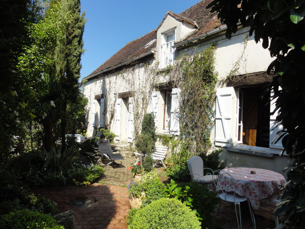 Maison PARIS 90 KM 6 pièces