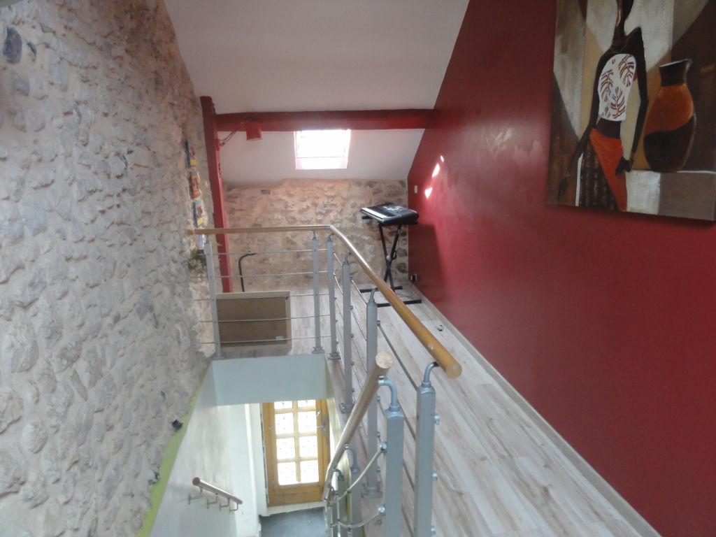photos n°1 Maison Provins / Longueville Gare à pied 4 chambres