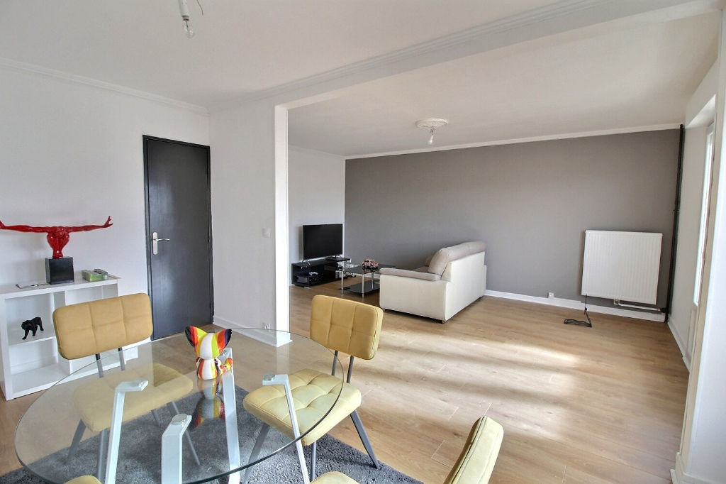 APPARTEMENT TYPE 4 - PROCHE PLACE LUTON
