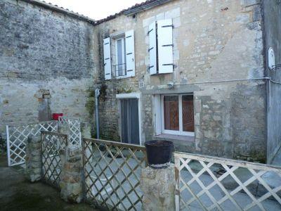 Maison Saint Agnant 4 pieces 106 m2