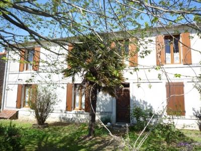 Maison Saint Hippolyte 6 pieces - 200 m2