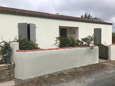Maison - ECHILLAIS  3 chambres