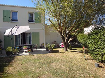 A VENDRE TONNAY CHARENTE : Maison 3 chambres+ garage en parfait etat