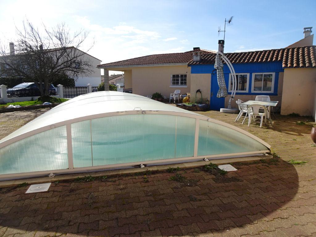 3min de ROCHEFORT ECHILLAIS - PAVILLON  6 Pièces - 4 chambres, garages, piscine, jardin
