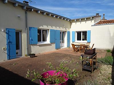 Rochefort Nord, BREUIL-MAGNE - Maison 5 Pieces - 145m2