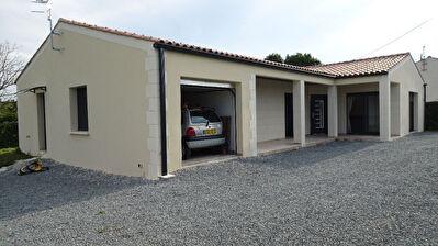 A 1 min de Saintes Maison neuve de plain pied RT 2012 - 3 Chambres- Garage