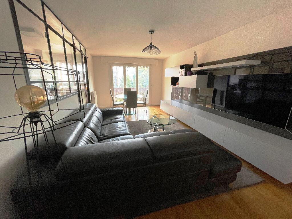 Appartement Rosny Sous Bois 3 pièce(s) 69 m2