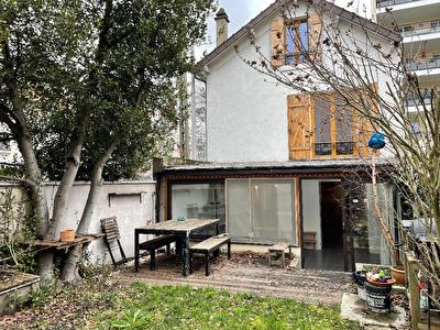 Maison Rosny Sous Bois 6 pieces 109 m2