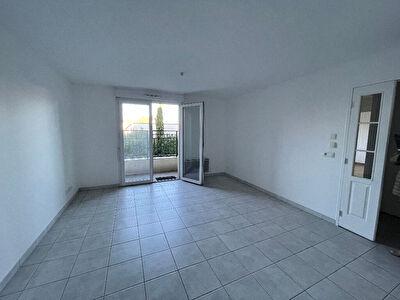 Appartement  3 pieces 60.7 m2