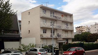 Saint-Maur 94100 Quai de Bonneuil - CAVE