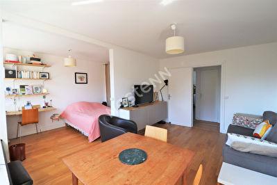 Appartement Vieux-Saint-Maur 4 pieces 65 m2