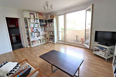 Appartement Champignol 2 pieces 50 m2 proche RER A