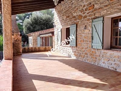 Maison La Cadiere D'Azur de 4 pieces de 160 m2