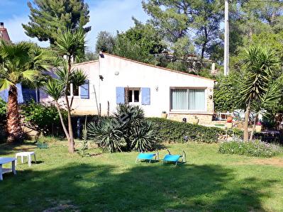 Maison La Cadiere D Azur de 3 pieces sur 1636 m2 de terrain