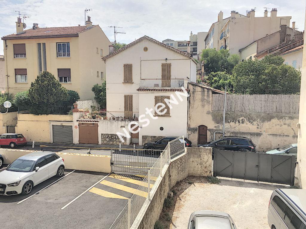 Appartement T2 de 32 m² Toulon le mourillon