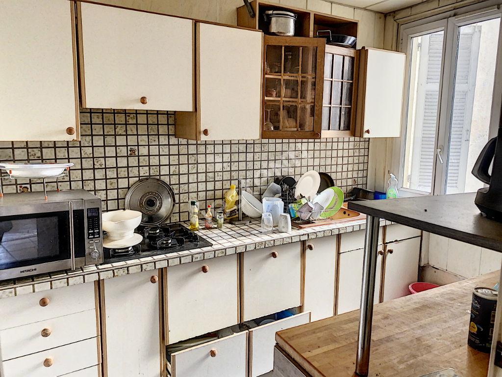 Appartement Toulon de 3 pièces de  65 m2