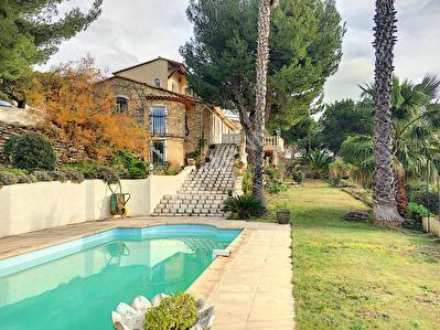 Maison La Cadiere D Azur 6 pieces 180 m2 Vue mer panoramique
