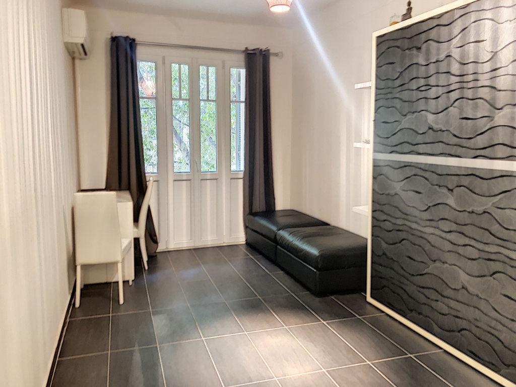Appartement Toulon centre ville de 1 pièce de 23 m²