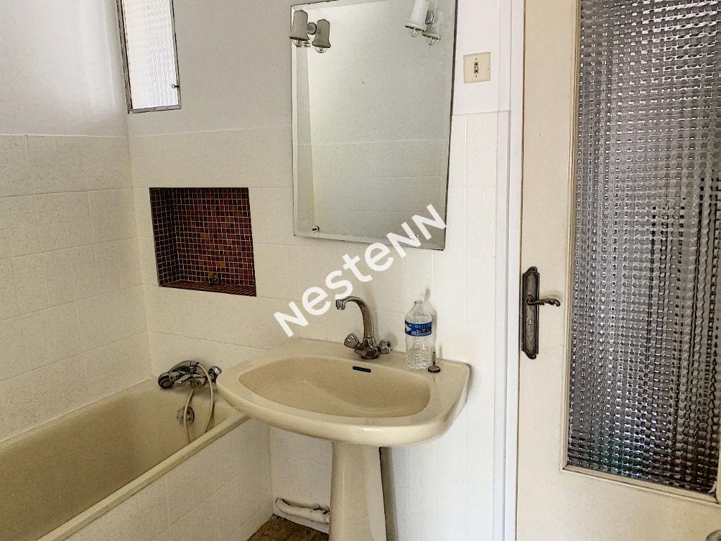 Appartement Toulon T4  70 m2  Toulon Ouest