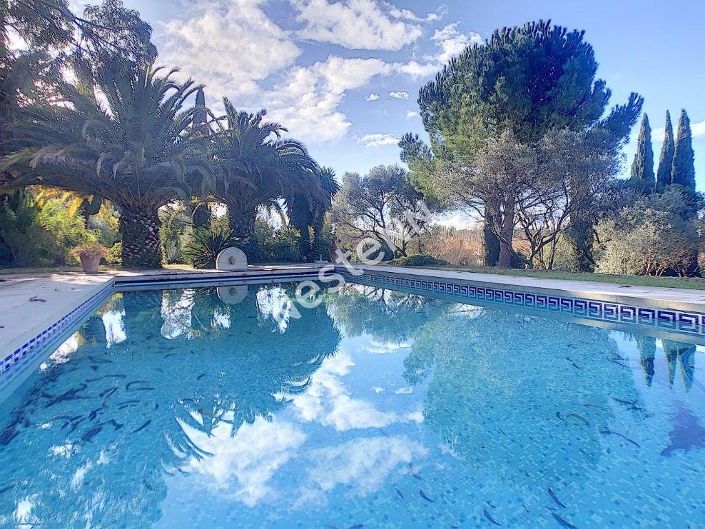 vente maison de luxe 83330 le castellet