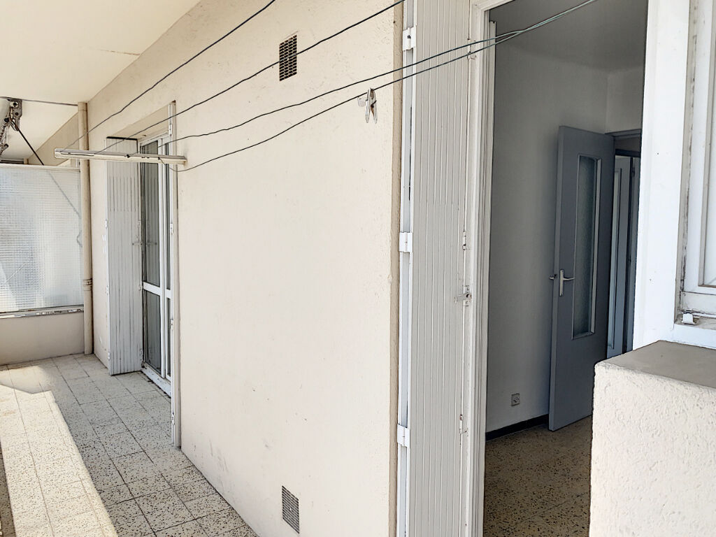 photos n°1 Appartement Toulon Aguillon T4  de 74 m2  trois chambres  Balcon terrasse