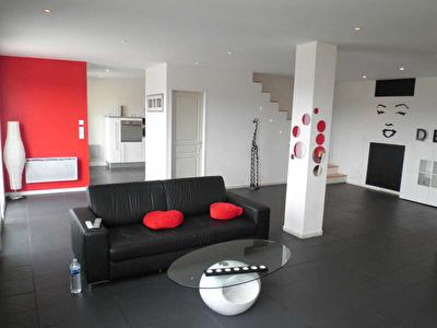 MAISON LAUZERVILLE - 4 pieces - 125 m2