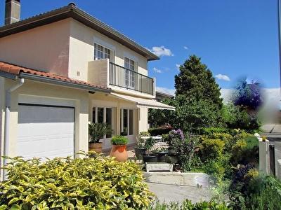 Toulouse L'union  - 31240- villa T5 - jardin -cheminee -garage - proche ecole