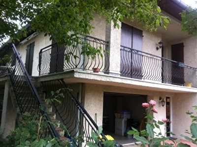 Maison Ramonville Saint Agne T7 180 m2 beau potentiel avec 2 entrees independantes au calme