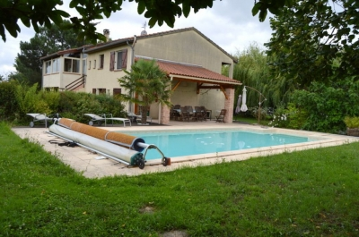 Maison Pompertuzat 31450 180m2 terrain arbore 2170m2 - piscine