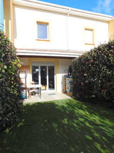 Toulouse 31200 Barriere de Paris maison T3  63.25 m2 avec jardinet et terrasse 2 places de parking dans residence avec piscine