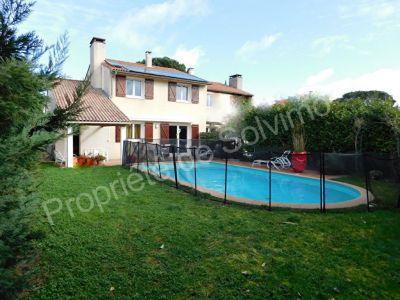 Lardenne Toulouse 31300 agreable Maison T5 117 m2  equipee basse consommation - Terrain  avec piscine - garage 50m2