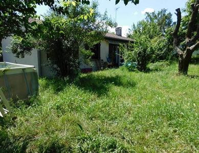 Escalquens 31750 maison T4 de 81 m2 sur un terrain arbore de 560m2 sans vis a vis au calme