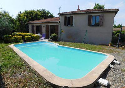 Escalquens 31750 maison T6 de 109m2, avec piscine, jardin, garage en sous sol de 43m2, pas de vis a vis au calme