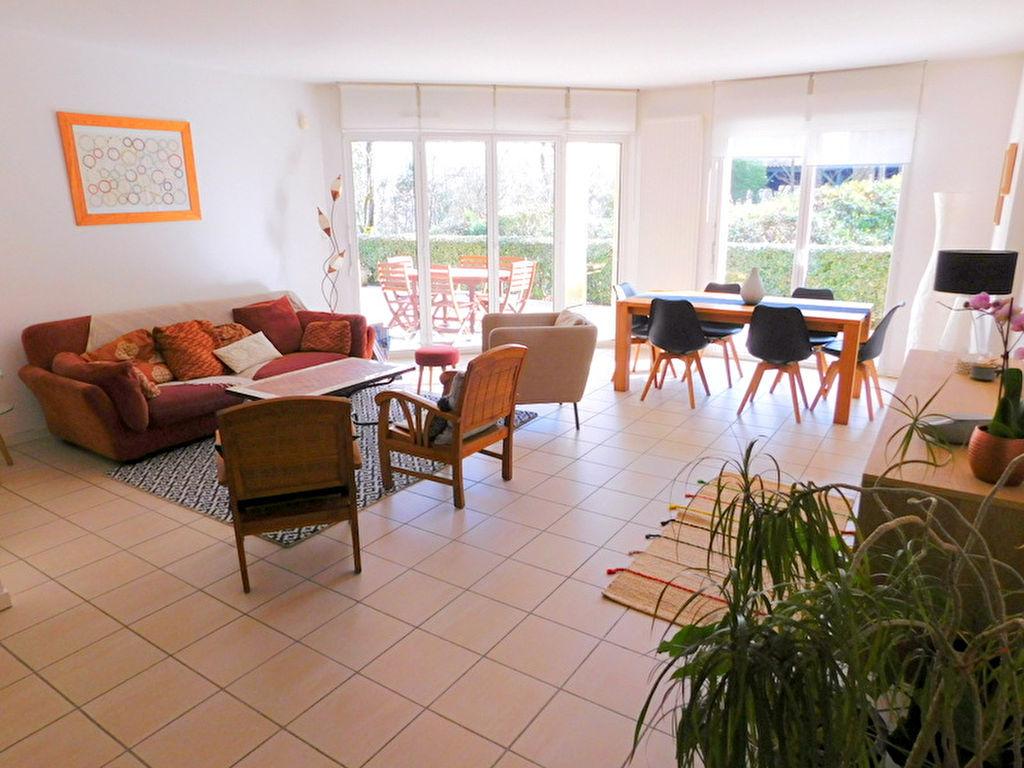 photos n°1 Appartement Toulouse  T5 traversant 121m² avec 3 terrasses et jardin, cave, 2 places de parking