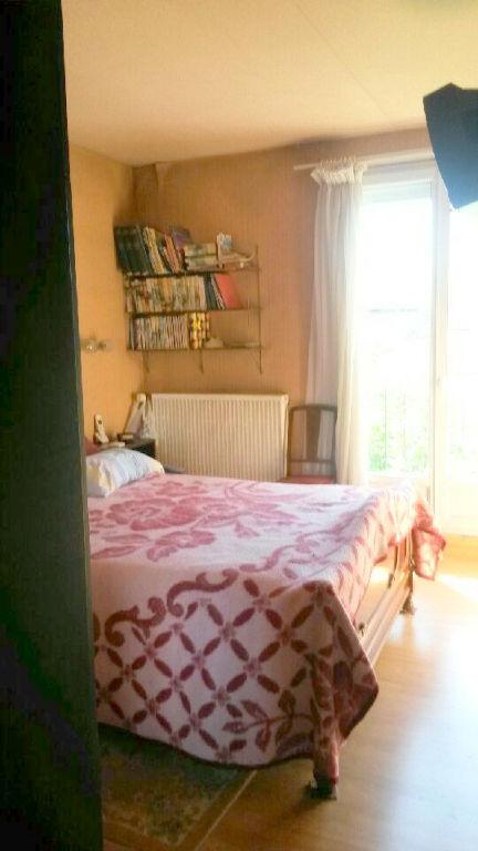 Toulouse 31400 maison T8 de 184m2 divisée en 2 appartements  et une maison de 47m² avec jardin sur 2 parcelles de 1020m²