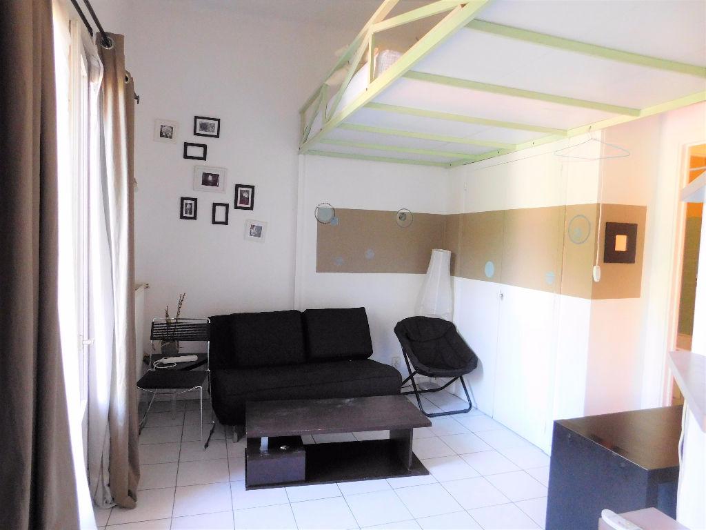 photos n°1 TOULOUSE 31400 appartement T1 bis meublé de 25.85m² avec parking et balcon Proche Métro