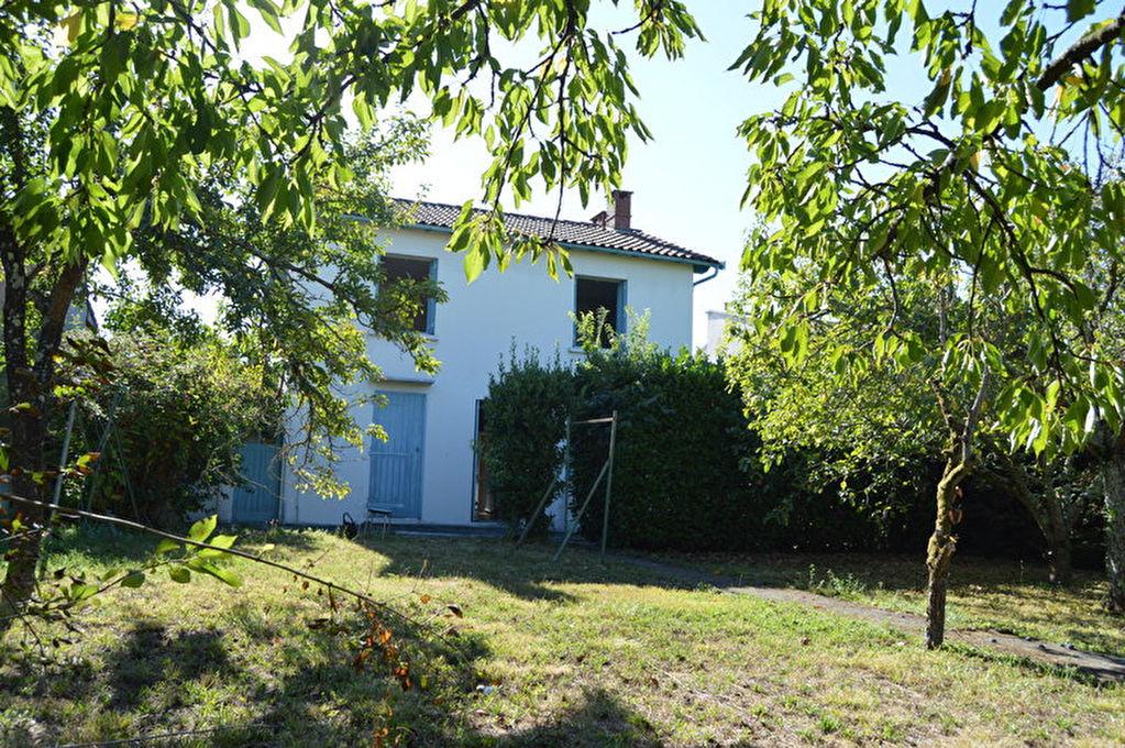 photos n°1 Toulouse  31400 Montaudran maison T5 84 m2 sur un terrain paysagé de 662m² avec 2 garages