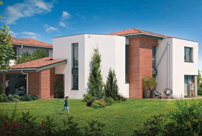 Maison Auzeville Tolosane T6 141.27 m2, terrain de617 m2 recente, avec garage