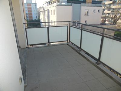 Toulouse 31500 Quartier JOLIMONT Sans frais agence  Beau T3  Expose SUD OUEST recent de 63.49m2 avec terrasse de 7.93m2  DRESSING /cellier, 1parking en sous sol