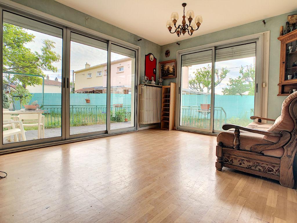 photos n°1 Maison 3 chambres, petit charran sur parcelle constructible de 700m2