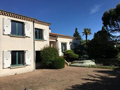 VALENCE Petit Charran - maison 295 m2,  5 chambres, sur parcelle 1315 m2.